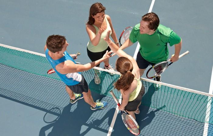 social-tennis
